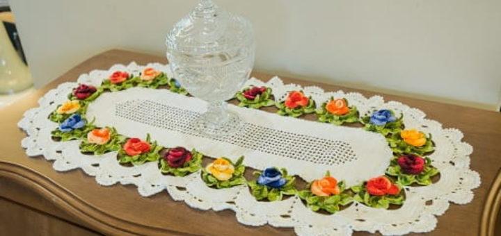 Элегантная салфетка крючком с розами (4)