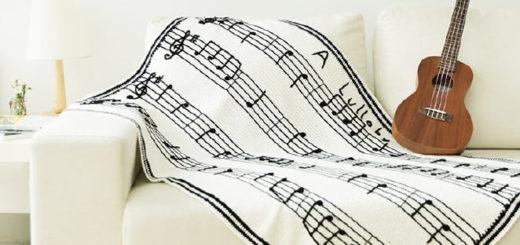 Плед крючком с нотами «Колыбельной песни» (2)
