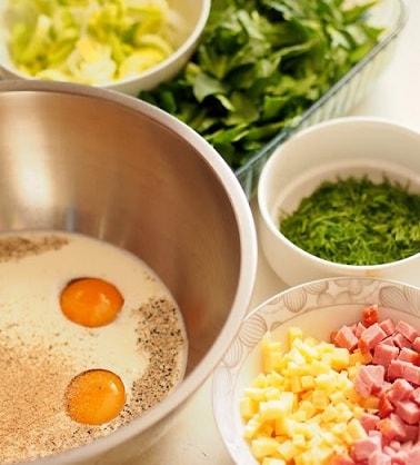 Весенний пасхальный тарт со шпинатом и яйцами (4)