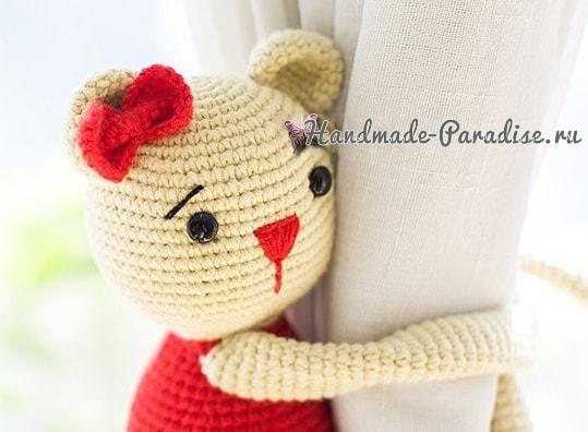 Вязаные мишки - подхваты для штор в детскую комнату (1)