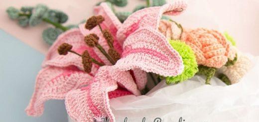 Букет вязаных крючком лилий с розами (3)