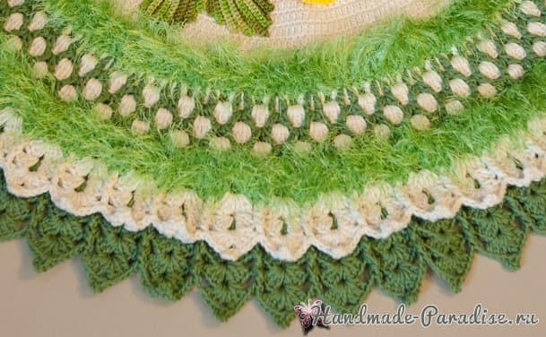 Круглый зеленый коврик с цветами (6)