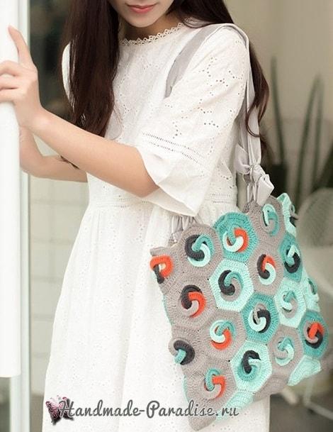 Летняя сумка-мешок крючком в стиле пэчворк (4)