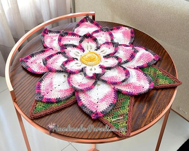Декоративная салфетка «Волшебный цветок» (1)