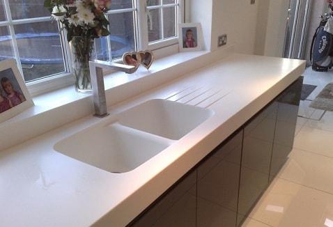 Кухонная столешница - выбор наиболее подходящего материала (8)
