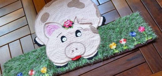Поросенок на травке - детский коврик крючком (2)