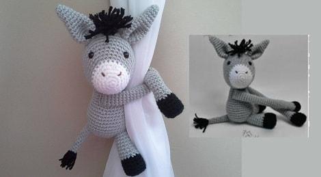 Вязаный ослик - подхват для штор в детскую комнату (2)