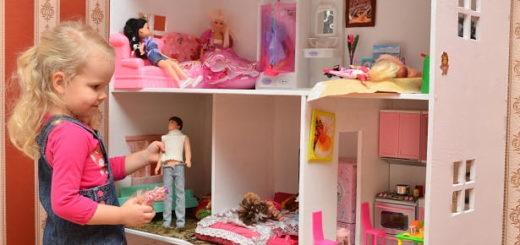 Подарок девочке - выбор домика для кукол (2)