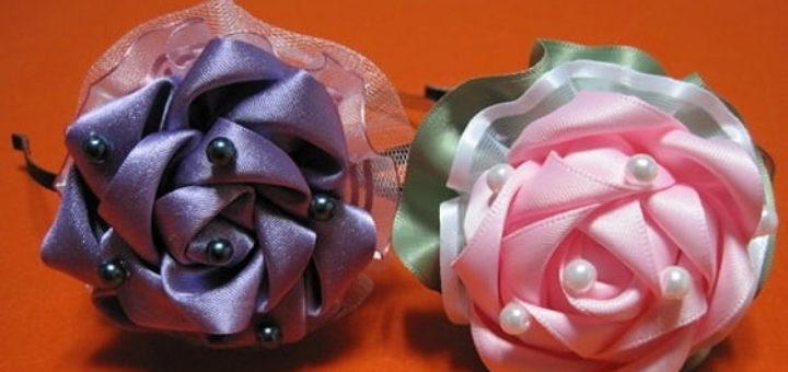 Розы - украшение handmade из атласных лент