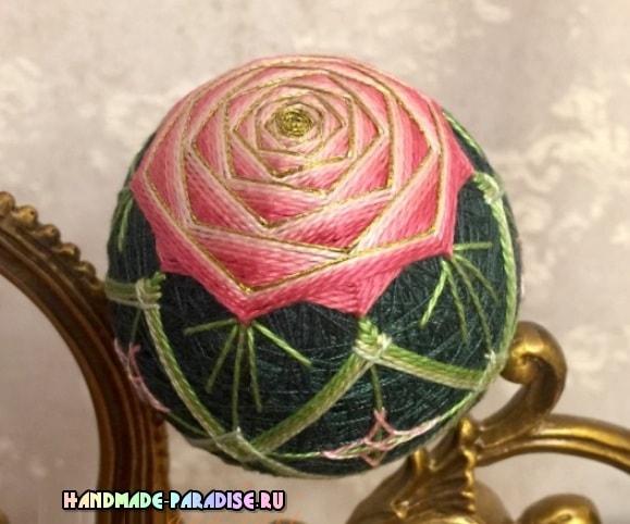шар темари с розой