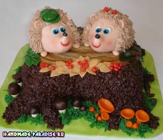 Детский торт с ежиками из марципана (1)