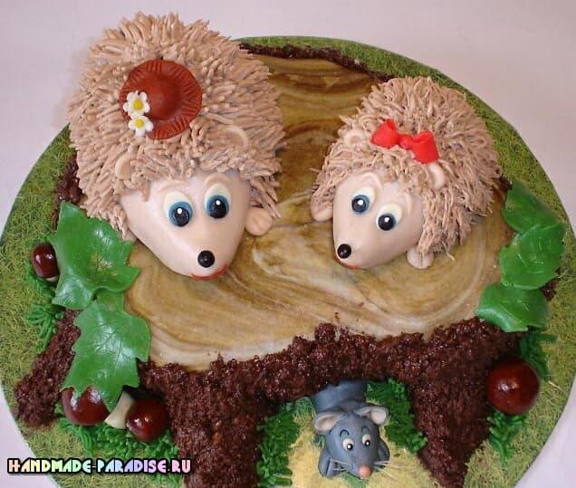 Детский торт с ежиками из марципана (4)