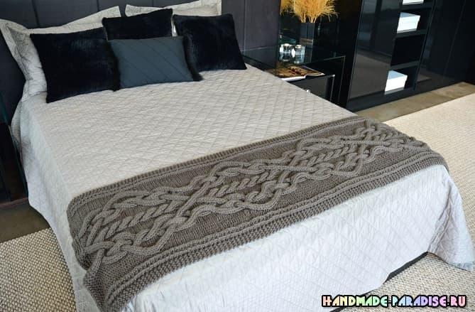 Дорожка спицами для кровати (2)