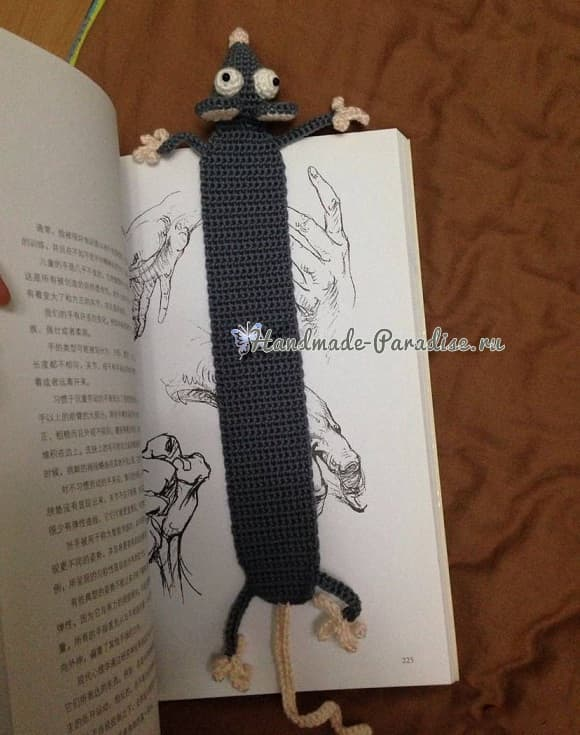 Мышка крючком - закладка для книжки (3)