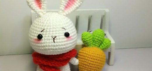 Кролик амигуруми с морковкой (2)