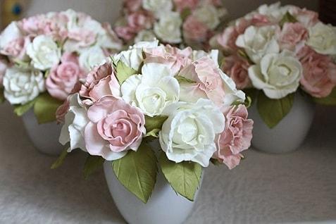 Почему для создания ростовых цветов и других элементов декора применяется фоамиран (1)