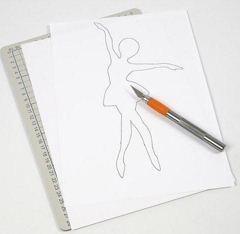 Балерины в снежинках - подвески из бумаги (4)