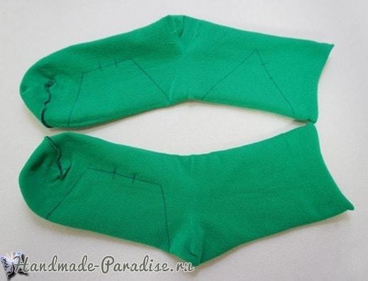 Новогодняя елочка из носков (1)