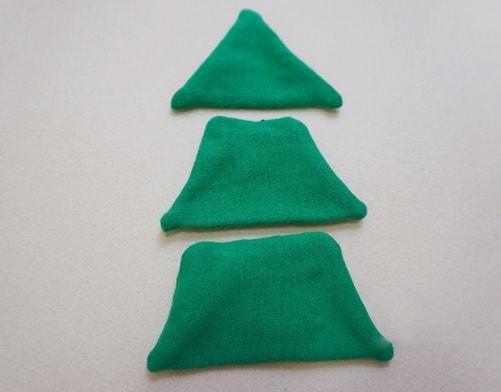 Новогодняя елочка из носков (3)