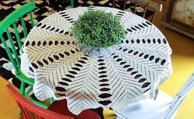 Белая скатерть крючком для круглого столика (2)