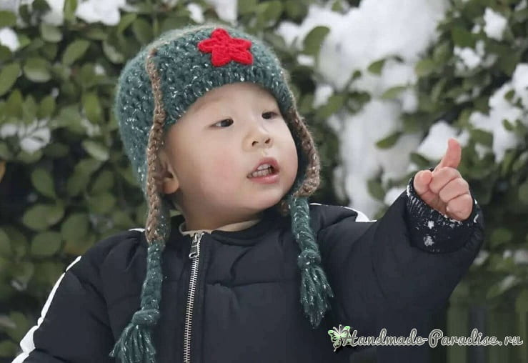 Крючком для мальчика - шапка ушанка со звездой (1)