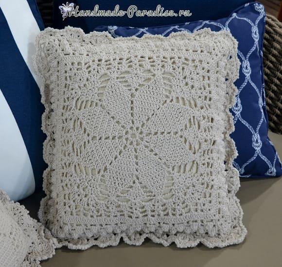 Две диванные подушки крючком (3)