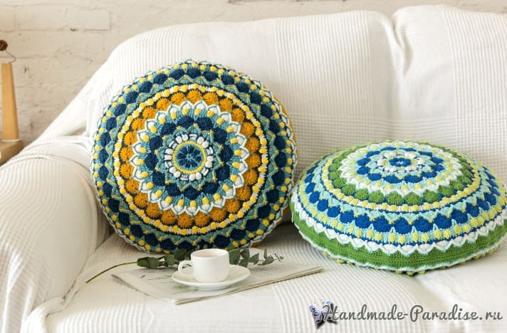 Круглая подушка «Мандала» крючком (3)