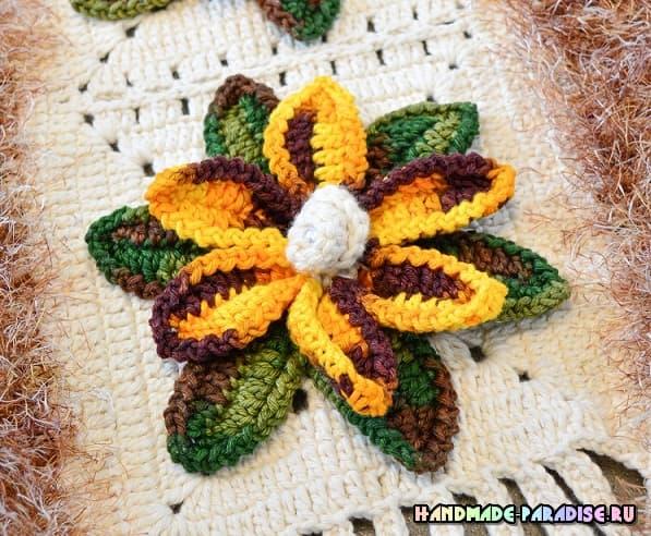 Овальный коврик с цветами крючком (2)