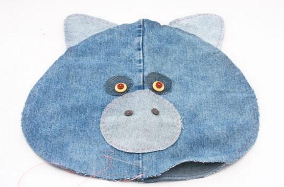Подушки-игрушки из старых джинсов (7)