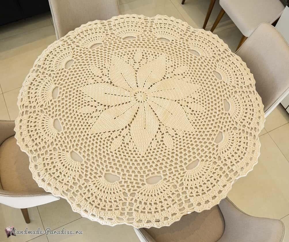 Скатерть крючком для круглого столика (2)
