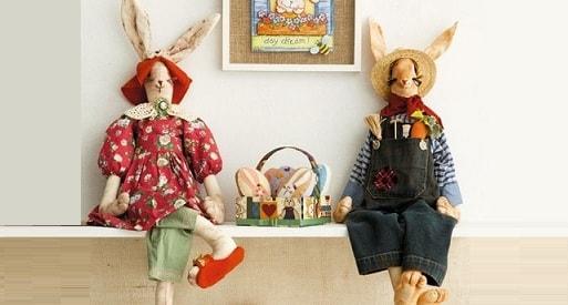 Текстильные зайцы - шитье кофейных игрушек (2)
