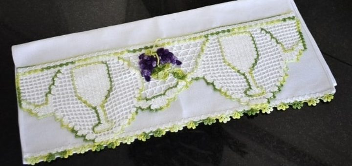 Вязаный виноград для декорирования полотенца (2)