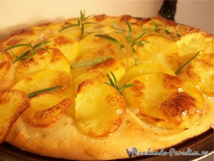 Итальянская фокачча с помидорами и картофелем (5)