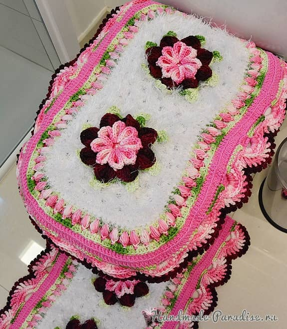 Комплект ковриков «Розовая нежность» крючком для ванной (1)