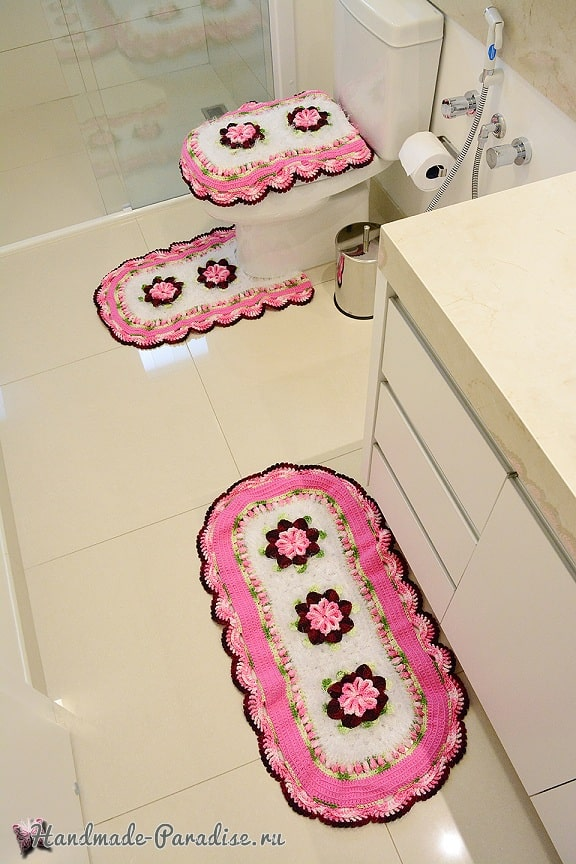 Комплект ковриков «Розовая нежность» крючком для ванной (4)